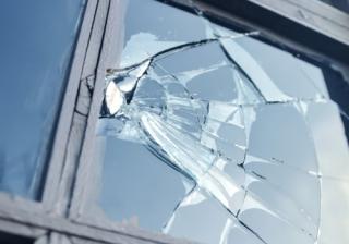 Broken Window 663
