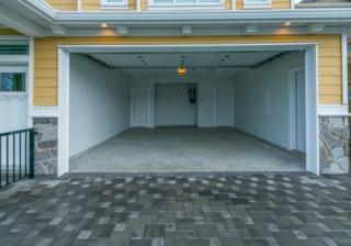 Garage 619