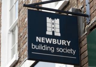 Newbury BS 776