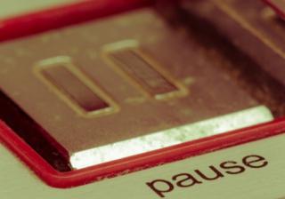 pause 447