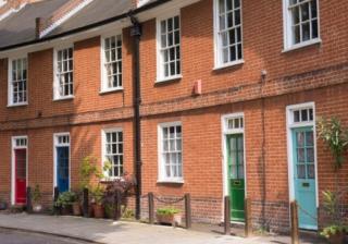 House row 555