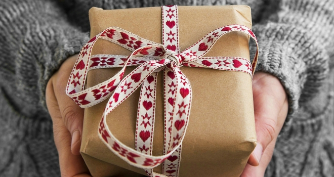 25% of landlords will buy their tenants a gift this Christmas