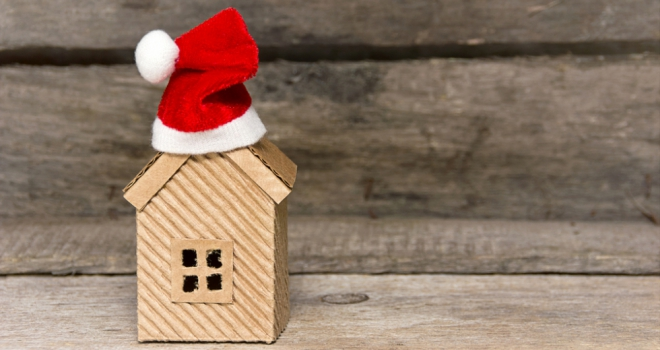 London sellers drop prices to secure sales before Christmas