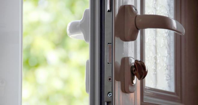 Unlocked Front Door 841
