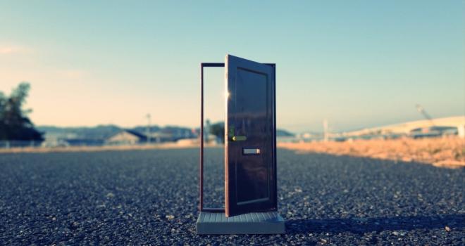 Door 885